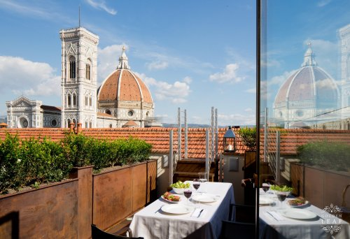 Openspace with Sauna and Private Roof Terrace overlooking the Duomo